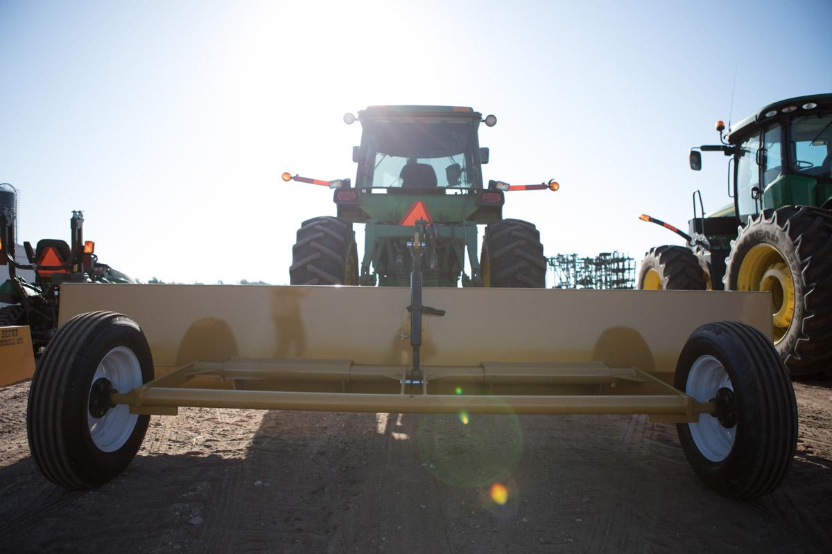 Brown C5 Manufacturing Dirt Scrapers | Kansas
